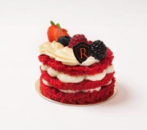 romana-red-cake